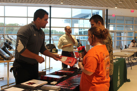College Fair introduces students to colleges