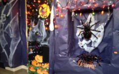 """Spooktacular"" Entries Welcome Students to Their Classrooms"