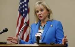 Fallin to sign House bill increasing teacher pay, education funding